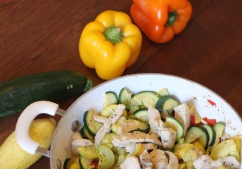 Veggie Chicken Skillet Dinner Recipe – Fresh, easy, simple!
